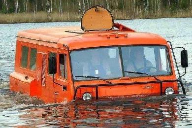 Вездеход Тайга на воде